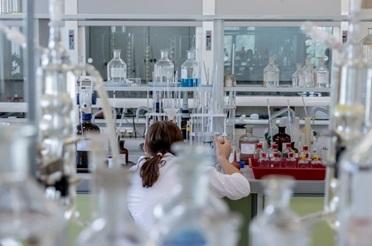 Биохимический полуавтоматический анализатор